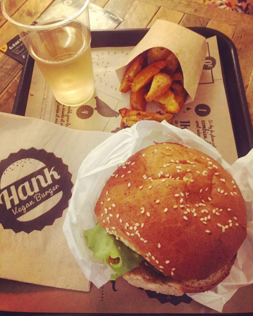 resto Hank Vegan Burger